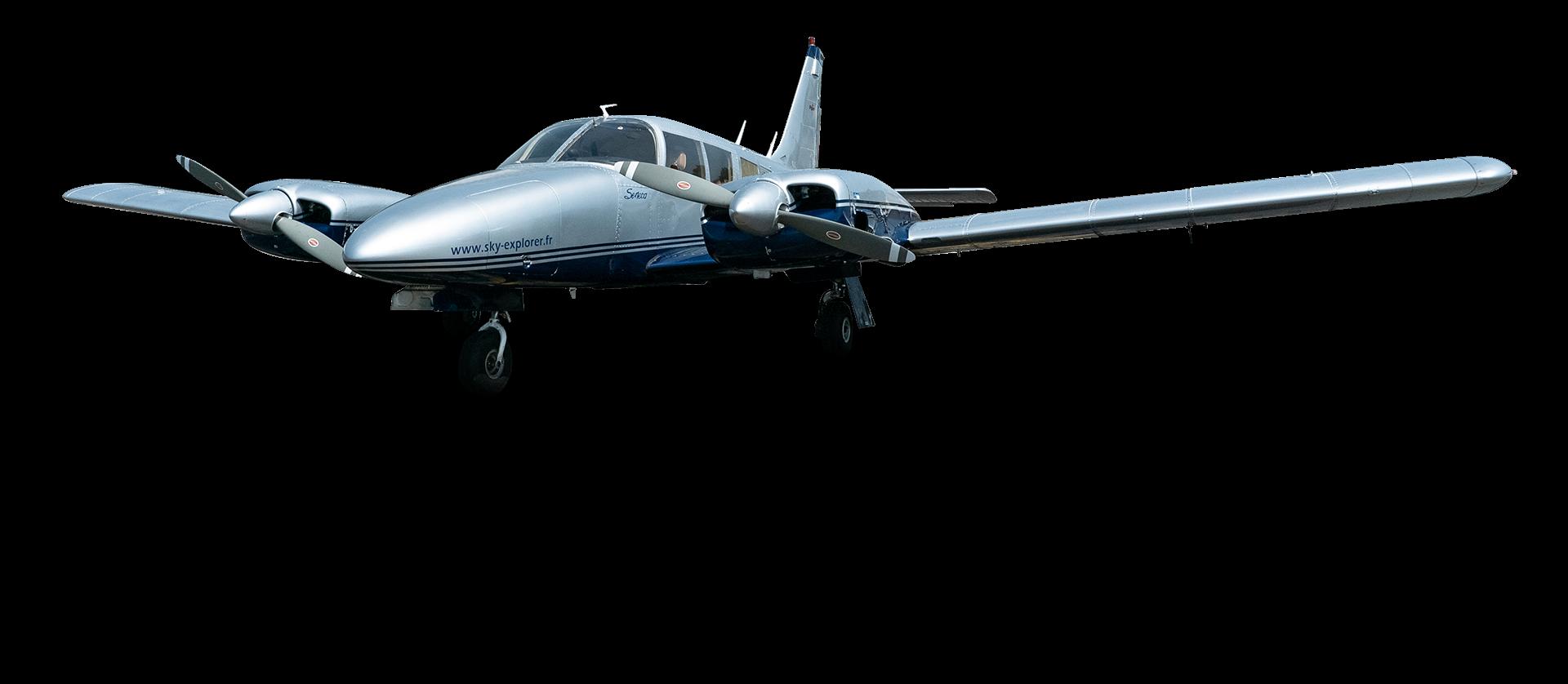 Piper Pa-34 Seneca (F-BVEE) Sky Explorer Ecole Aviation Aix Les Milles