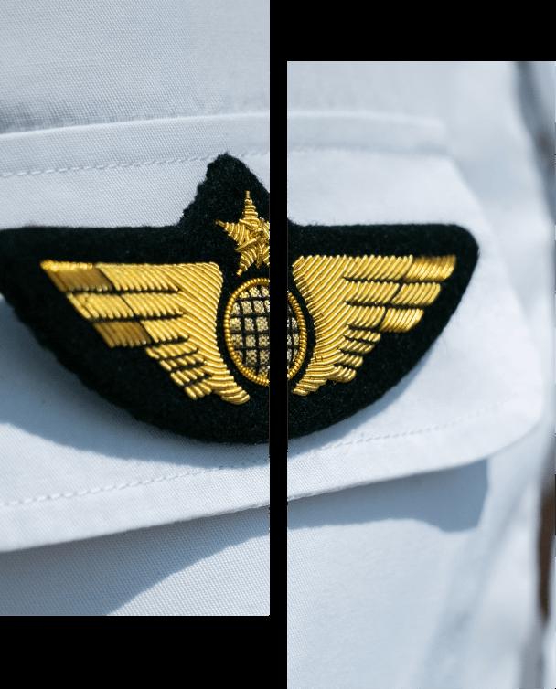 écusson chef pilote sky explorer chemise ecole aviation aix les milles